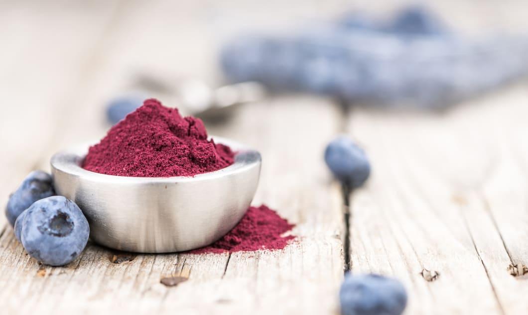 Blåbär är fulla av nyttiga ämnen såsom antioxidanter