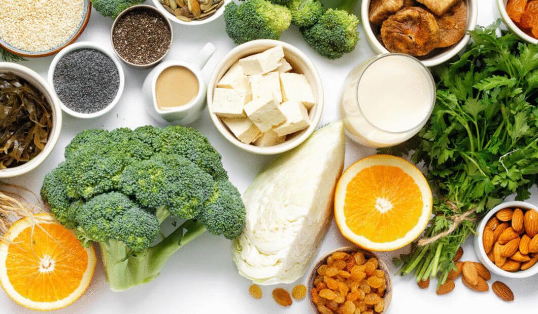 För kalciumkarbonat brukar kalciuminnehållet vara ungefär 40 %, alltså 160 mg om en tablett innehåller 400 mg kalciumkarbonat
