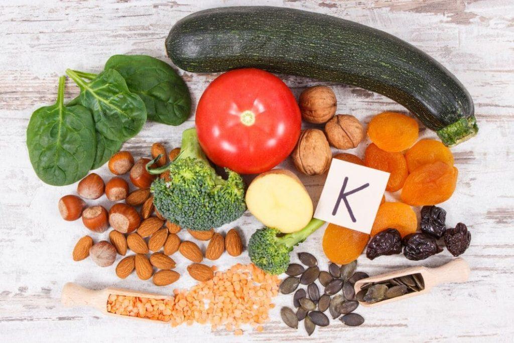 Vitamin K heter egentligen koagulationsvitamin (därav bokstaven K)